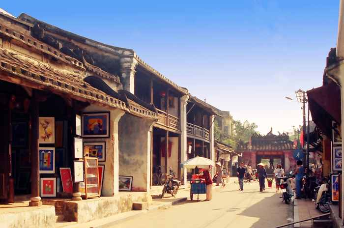 http://www.norvica.ru/files/uploaded/vid-na-staryi-gorod-HoiAn.jpg